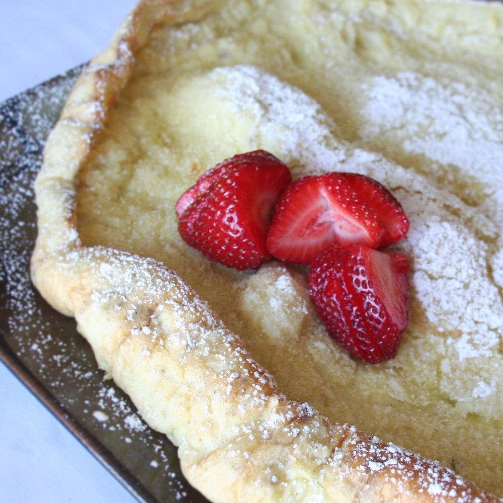 Dutch Baby Pancakes – Cast Iron Skillet Dutch Babies