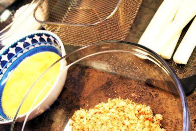 Deep Fried String Cheese Mozzarella Sticks Recipe ingredients