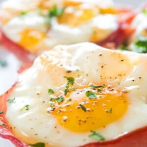 These cheesy ham egg cups are a perfect breakfast or snack on-the-go!