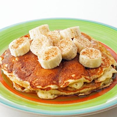 Buttermilk Vanilla Pancakes, www.bakeitwithlove.com