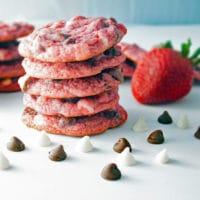 Super Strawberry White & Dark Chocolate Chip Cookies