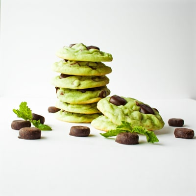 Mint Chocolate Chip York Mini Mint Patty Cookies, www.bakeitwithlove.com