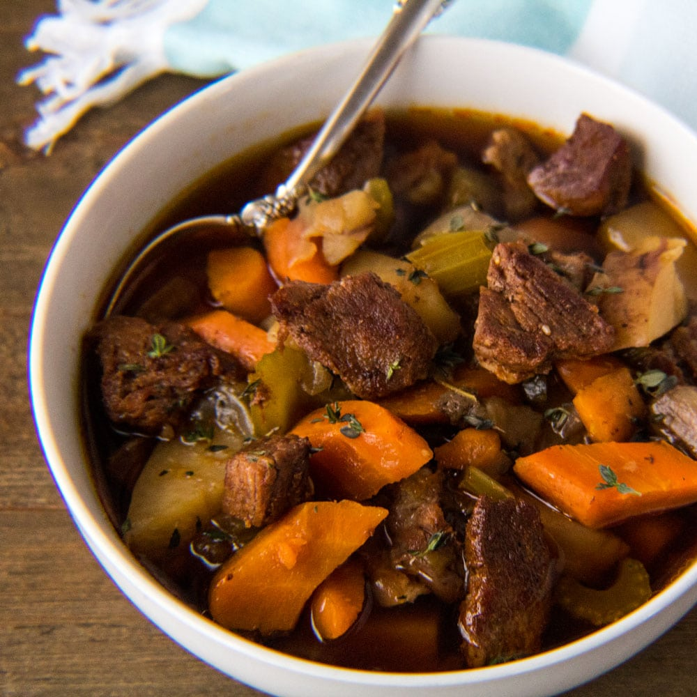 Estufado de carne instantâneo rápido e fácil