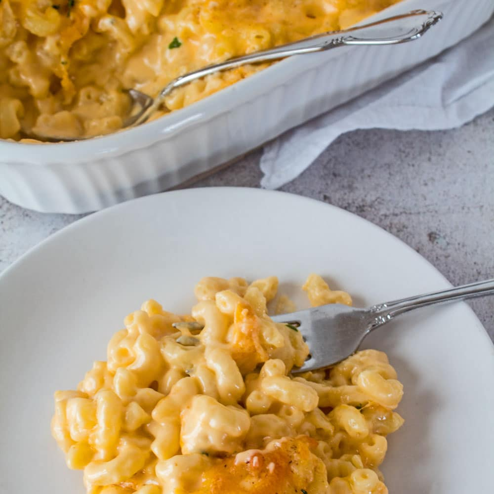 My easy to make Southern Baked Macaroni and Cheese is the best creamy mac and cheese that your family is sure to love!!