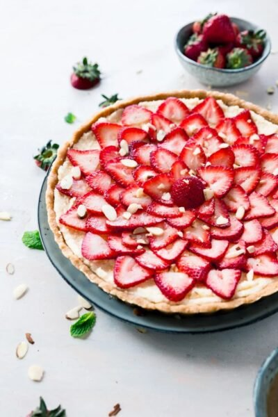 ingen bage jordbær marscaponetærte fra Powered By Mom