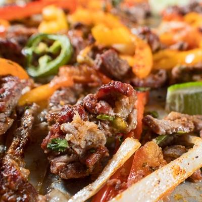 Disse ark bøf fajitas er et let at lave familie måltid!
