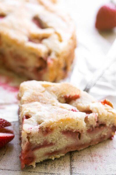 Gâteau au babeurre et aux fraises du View From Great Island