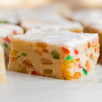 Fruitcake Shortbread Firkanter