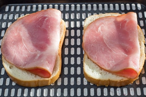Air Fryer Grilled Ham and Cheese step 2