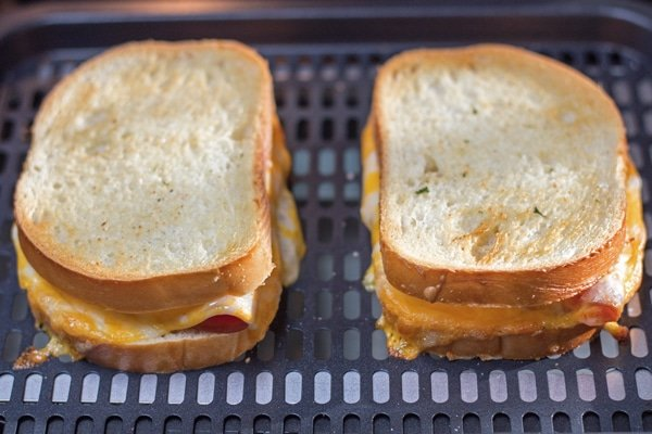 Air Fryer Grilled Ham and Cheese step 4