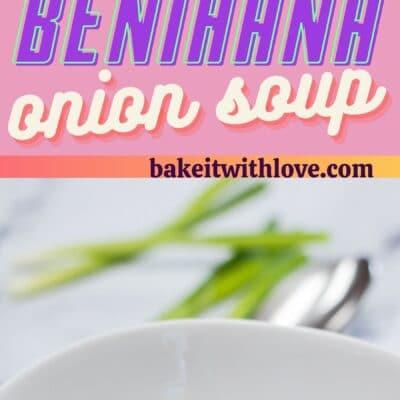 alfiler alto con dos imágenes de sopa de cebolla Benihana y separador de texto.