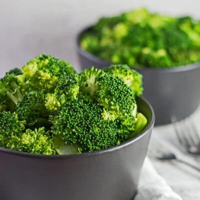 Brócoli al vapor en el microondas