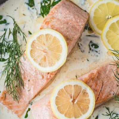 Salmon dalam Sos Wain Putih