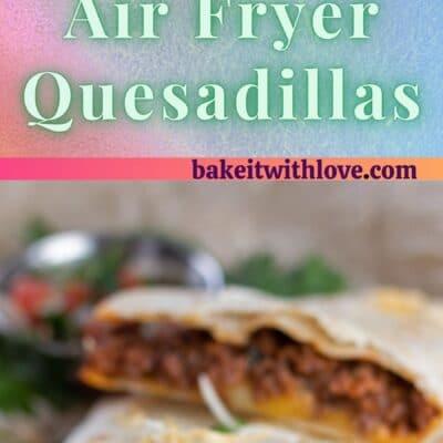 2 images de quesadillas à friture à air divisées par du texte.