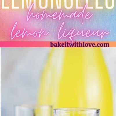 دبوس طويل به صورتان من عصير الليمون المعبأ في زجاجات.