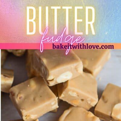Pin alto con 2 imágenes de los cuadrados de dulce de mantequilla de maní para microondas y el divisor de texto.