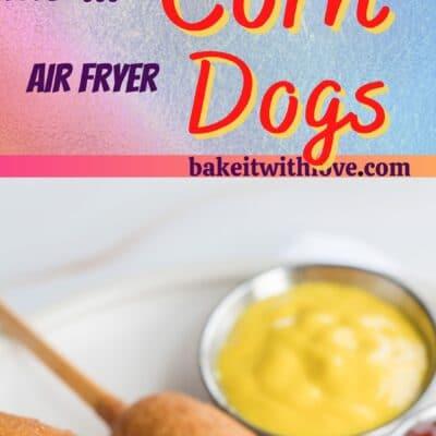 Pino alto para corn dogs fritadeira de ar com 2 imagens dos corn dogs e divisor de texto.