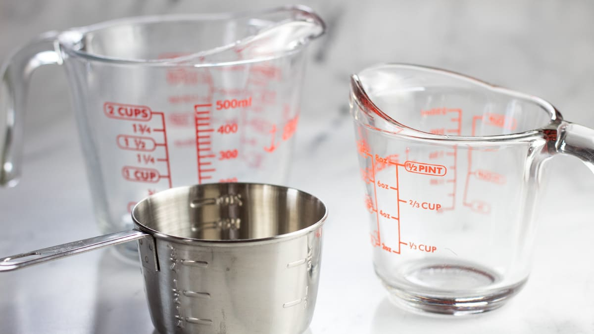 How many cups in a pint using graduated measuring cups and dry measuring cup.