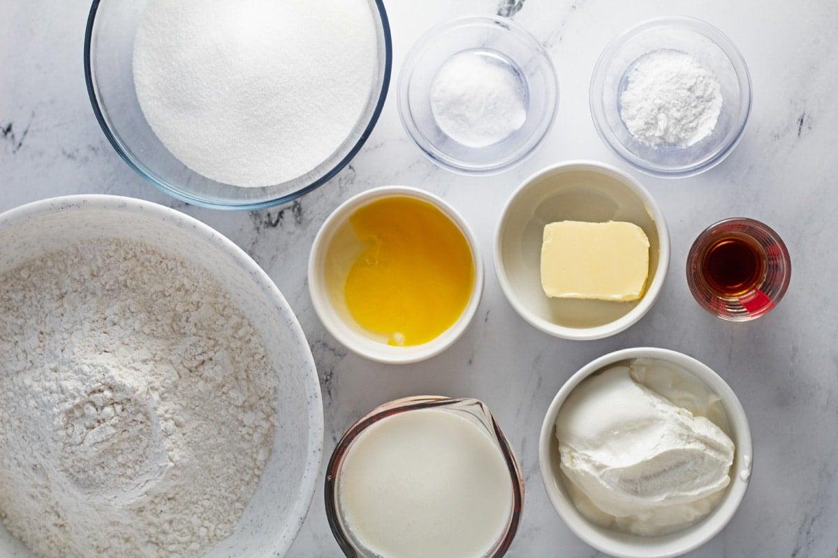 تم قياس مكونات ملف تعريف الارتباط Kringla وهي جاهزة للخبز.